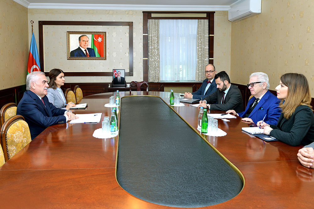 Chairman of Nakhchivan Supreme Assembly meets with Greek ambassador
