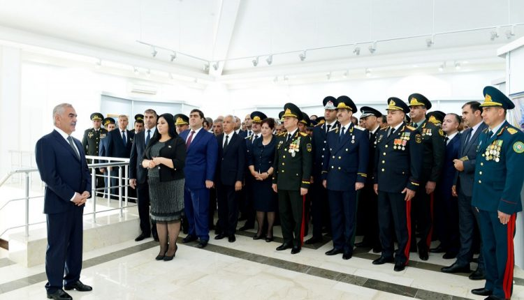 Painting exhibition dedicated to national leader Heydar Aliyev launched in Nakhchivan